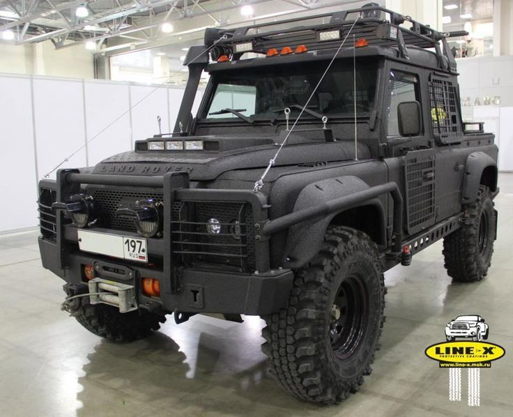 """BATLANDY - has many """"bad-ass"""" features. Of the functional improvements, I like the spot/running lights mounted in the hood; presumably for aerodynamic reasons? Of course this is silly because no feature on this Russian Defender is remotely aerodynamic."""
