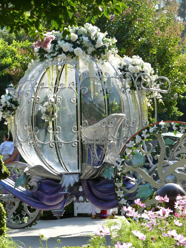The Modern Princess ♕ :: Cinderella's Carriage - Disneyland Hotel Fairytale Wedding - by yoitsmarilei