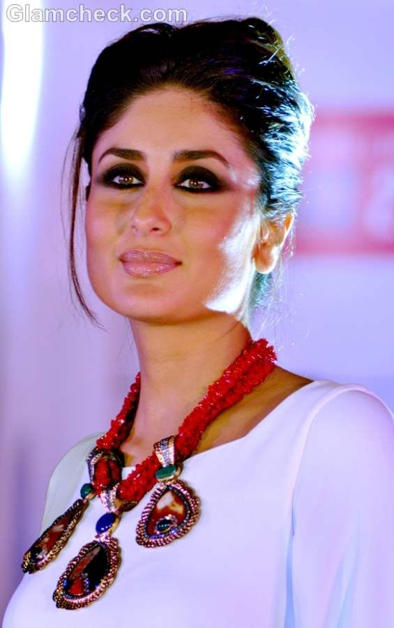 kareena kapoor hairstyle makeup.