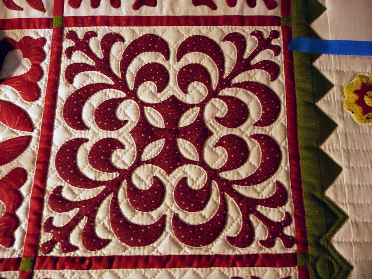 http://4.bp.blogspot.com/-7XYqZxLjFAI/T6s9X4e0NcI/AAAAAAAABcI/1_oAetYLNNk/s1600/P1090534.JPG: Applied Quilts, Applique Quilts, Hands Appliques, Hands Quilts, Album Quilts, Baltimore Quilts, 20 Appliques, Its Garman