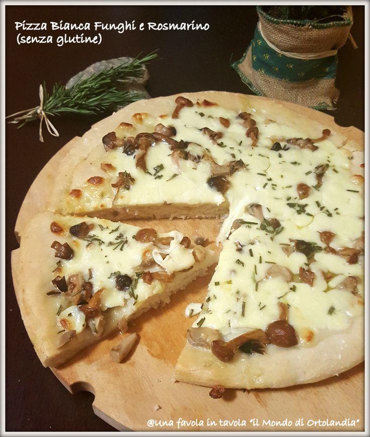 Una pizza buonissima con farina Revolution Food per pizza e pane, con funghi e rosmarino #senzaglutine