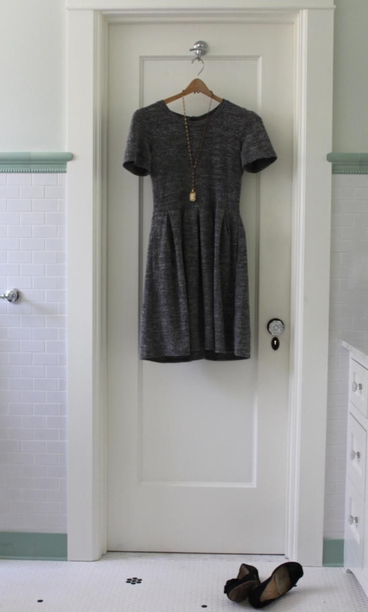 summer sewing project - the perfect gray knit dress (a la madewell)