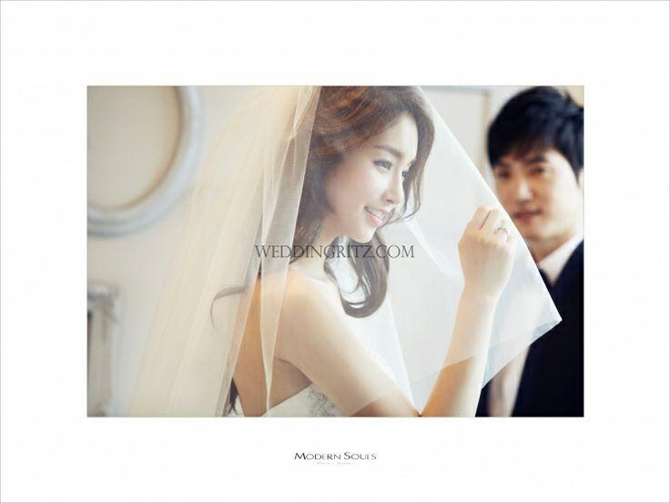 Korea Pre-Wedding Photoshoot - WeddingRitz.com » DongGam Studio 'Modern Soul' - Korea pre wedding photo shoot