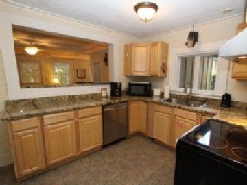 Kitchen Has Pass Through To Living Room Kitchen