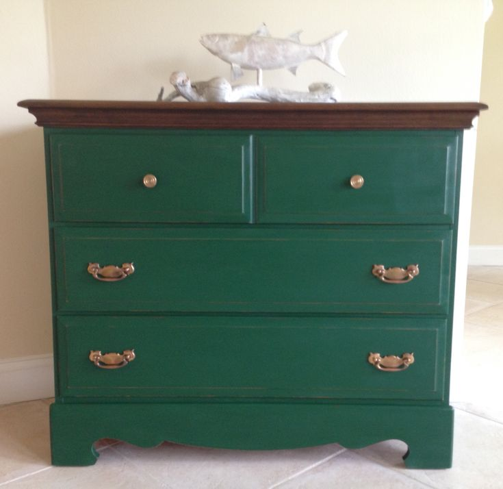 1000 Ideas About Green Distressed Furniture On Pinterest