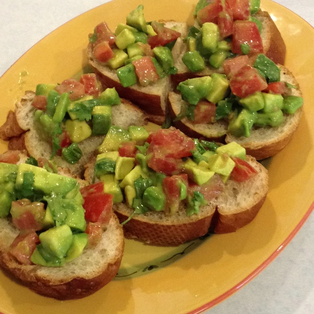 pod guacamole bruschetta from two peas their pod guacamole bruschetta ...