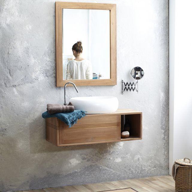Meuble Salle de bain suspendu bois de Teck 95 Basic TIKAMOON : prix, avis & notation, livraison.  Découvrez ce meuble sous vasque de la marque Tikamoon ! Il sera idéal pour les petites salles de bain grâce ses petites dimensions, suspendu il vous permettra un gain de place non négligeable. Son design moderne offrira à votre intérieur un style contemporain et élégant. Il dispose 2 niches qui vous permettront de ranger vos cosmétiques et linge de maison. Informations Techniques :- Matière…