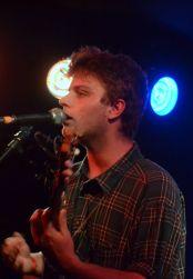 Mac DeMarco sings