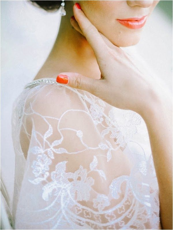 Amalee Bridal Accessories Shoot by Mariel Hannah Photography // see more on lemagnifiqueblog.com…
