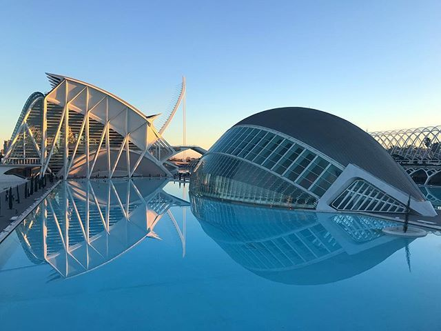 The Ciudad De Las Artes Y Las Ciencias Is A Beautiful Complex Of Arts Science Facilities In Valencia Between The Architecture T Science Art Architecture Art