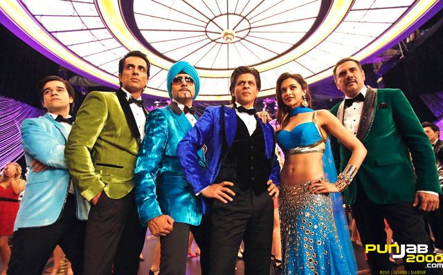 """RED CHILLIES ENTERTAINMENTS PVT LTD announced that the 2014 Diwali Release, """"HAPPY NEW YEAR"""", will be distributed worldwide exclusively by YASH RAJ FILMS."""