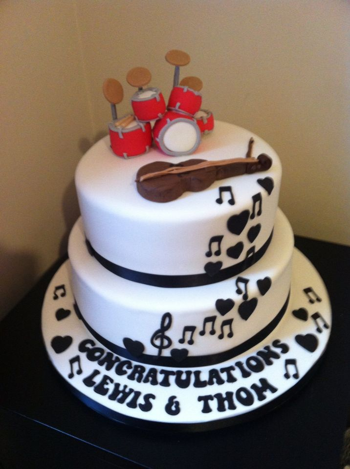 Couple Birthday Cake Pictures : Engagement cake for a musical couple Birthday cakes ...