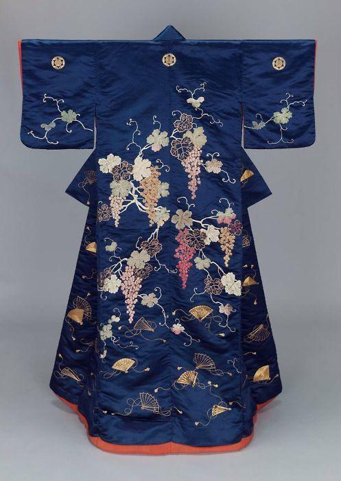 Mid 19th C. uchikake - Museum of Fine Art, Boston
