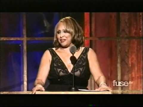 Bette Midler inducts Darlene Love into the Rock 'N Roll Hall of Fame, March 14, 2011