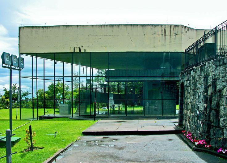 La chiesa di Sao Pedro realizzata a San Paolo da Paulo Mendes da Rocha - immagine tratta dall'album di Gabriel de Andrade Ferna…