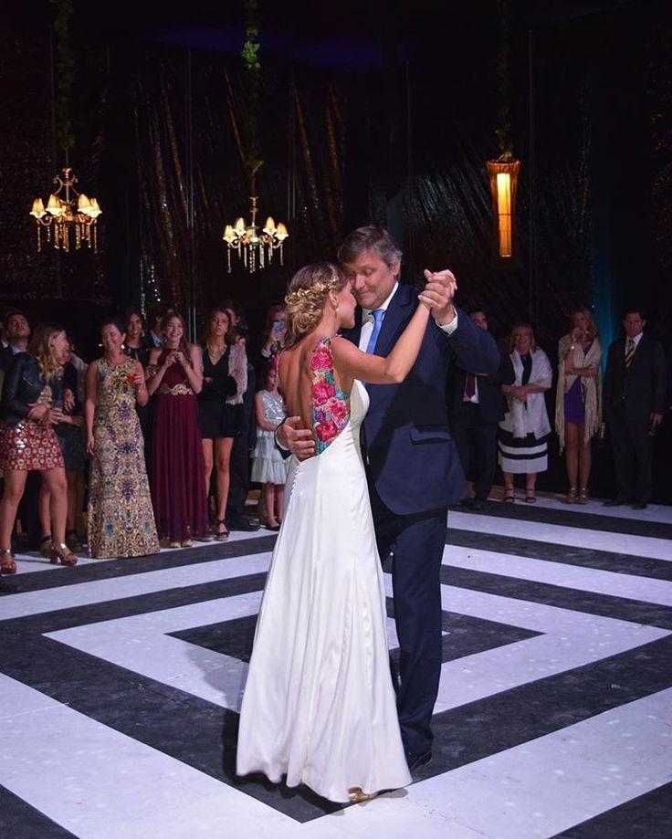 64 best Vestidos de Novia Tam images on Pinterest | Footwear, Bridal ...