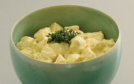 Kold kartoffelsalat med ymer