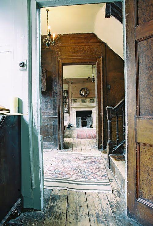 No. 4 Princelet Street, Spitalfields, London E1. Georgian merchant's house, late 1720s. Photo: 1st Option.