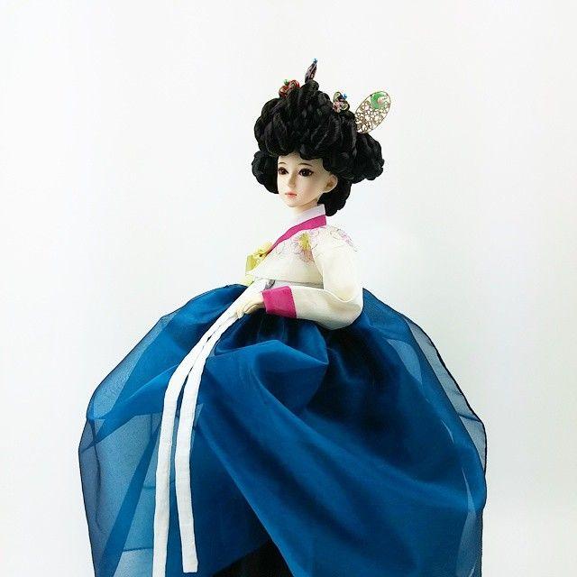 gaaindoll#koreandoll#hanbokdoll#dollhanbok#koreantradition#traditionaldress#dollstagram#doll#bjd#bjdoll#dollclothes#dolldress#toy#가인돌#한복인형 #인형한복 #구체관절인형 #구관인형 #인형#기생한복#가체