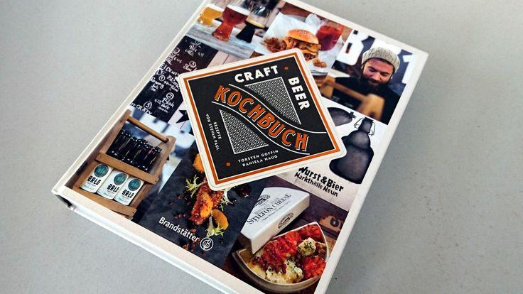 Das CRAFT BEER Kochbuch ist von Steven Paul, der auch schon auf die Hand geschrieben hat. Mein absolutes Lieblingsbuch. Was das neue Buch kann erfährst du hier.