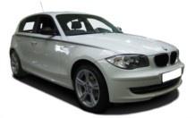 Der Kompakte BMW 1er bietet mit seinem Heckantrieb eine Fahrdynamik, die im Kompaktwagensegment einzigartig ist. Kaum ein Modell in seinem Segment ist derart stark und sparsam wie dieses Modell. Umfangreiche Maßnahmen reduzieren den Verbrauch und CO2 Ausstoß bis aufs Minimum.