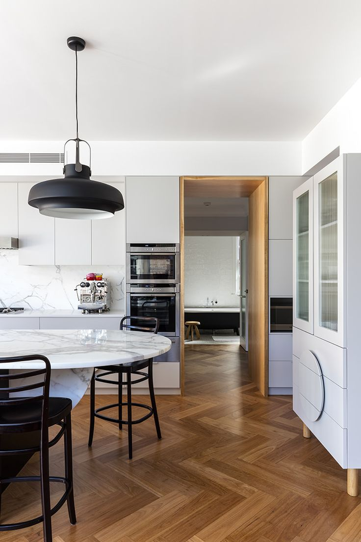 Bentwood chairs and table - Thonet Barstools In Out Croydon House By Arent Pyke