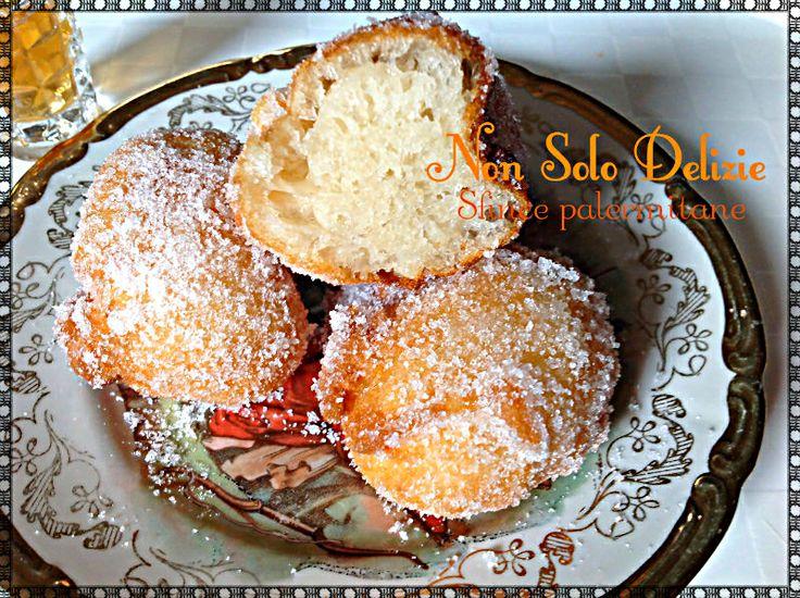Frittelle di carnevale siciliane