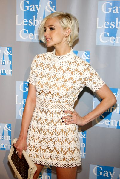 Pictures of Ashlee Simpson With Short Blond Hair in New ... |Ashlee Simpson Short Hair 2013