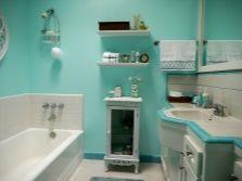 Бирюзовая ванная с зеленым