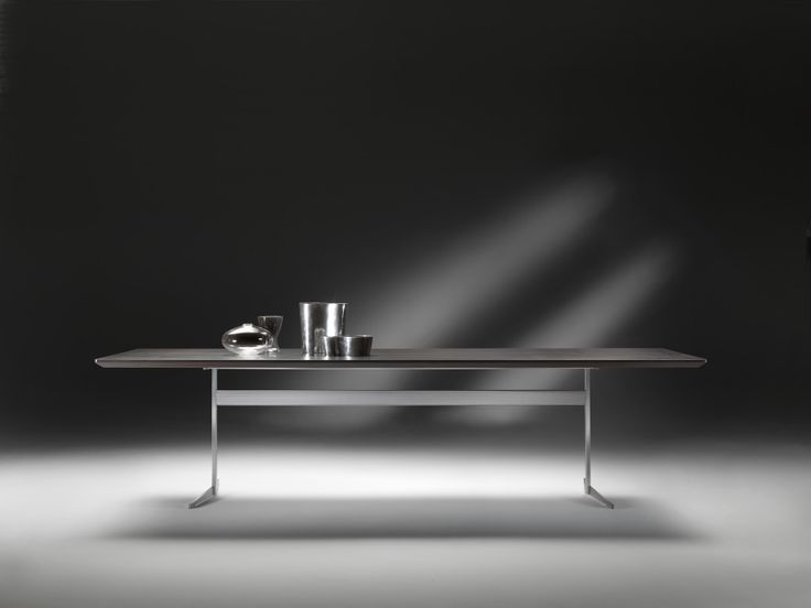 FLEXFORM FLY table with frame in metal and top in wood veneers. Designed by ANTONIO CITTERIO.
