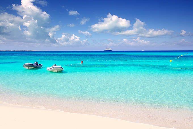 Las 20 mejores playas de España según los usuarios de Skyscanner | Skyscanner Playa Ses Illetes, Formentera, Islas Baleares