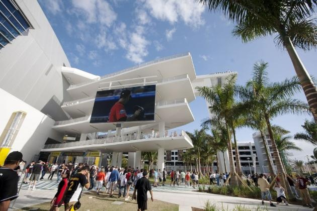 Miami's Marlins Stadium is an in-your-face hitTravel Adventure, Miami Marlins, Favorite Places, Marlins Stadium, In Your Facs Hit