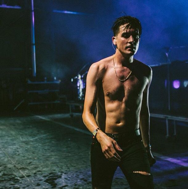 Ideal G Eazy Naked HD