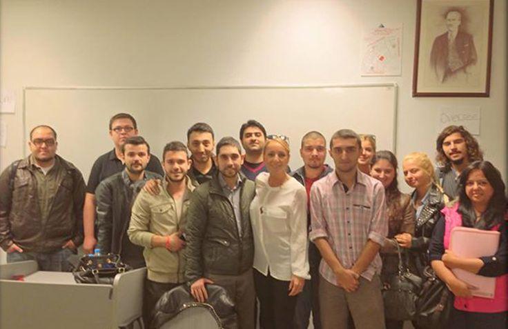 """Yeditepe Üniversitesi'ndeki """"Mobil Pazarlama"""" dersimize, bugün Emre Sait Türegün konuk oldu. #mobilpazarlama"""