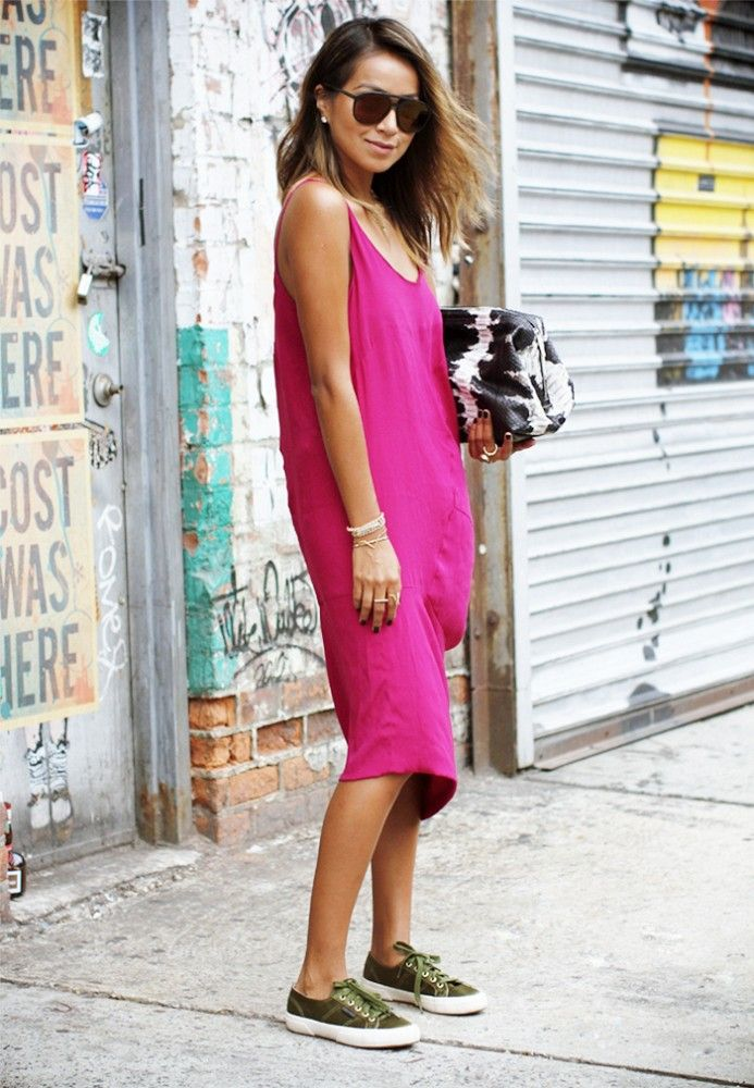 Julie Sarinana of Sincerely Jules embraces a hot pink dress and sneakers. // #StreetStyle #OutfitIdeas