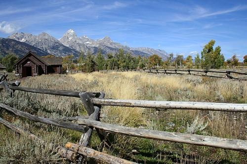 Jackson hole photos at frommer s wooden fencing around