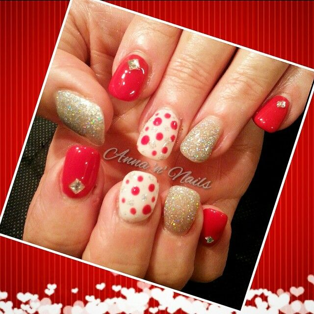 #gorgeous #newnails #surmanti #acrylic #gelpolish #teachings #beginnings  #gelicious #imsooverhim #dots #diamante #internetinspired #happyclient #annannails