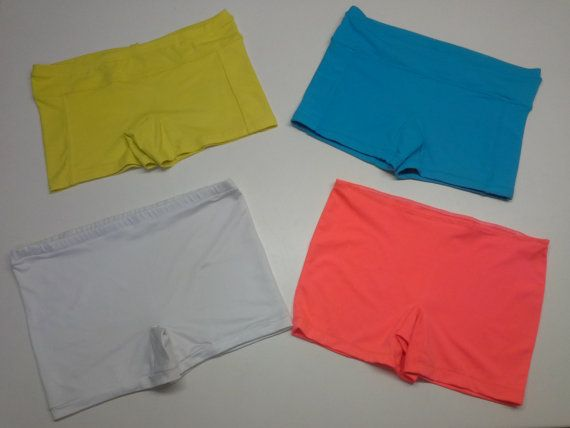 Stretch women to wear panties under dresses, tennis courts that can be used for various SartoriaDelTennis, tasselllo dresses posted on horse