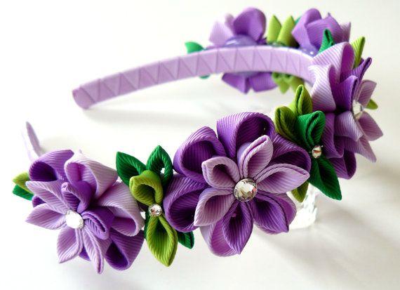 Diadema de flores de tela Kanzashi púrpura. Diadema de la corona de flor de color púrpura. Tocado de Novia de la boda. Corona de flores Kanzashi. Tocado floral