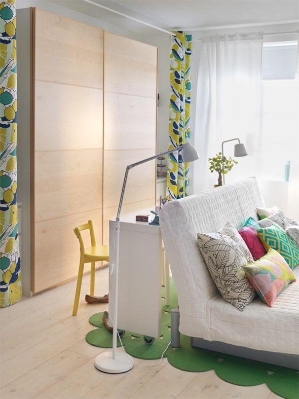 Schlafen Verstauen Wohnen Und Arbeiten Auf Kleinstem Raum So Gelingts Eine Rollbare