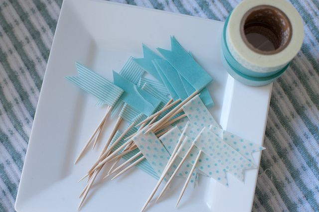 Washi Tape DIY Cupcake Toppers. So pretty.