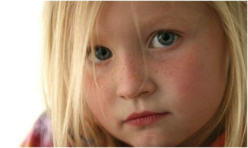 Η σημασία των ορίων στα παιδιά το πρόγραμμα στην οικογένεια η τιμωρία στο σπίτι. Πότε μαλώνουμε και ο ρόλος του γονέα