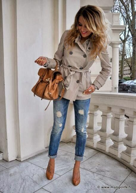 Beige trench, jeans, high heels