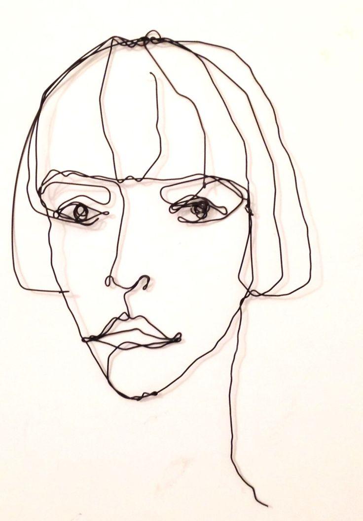Scultura in filo di ferro - Ritratto di ragazza con caschetto di morphingpot su Etsy https://www.etsy.com/it/listing/212023555/scultura-in-filo-di-ferro-ritratto-di