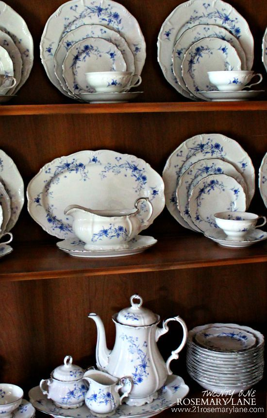 21 Rosemary Lane: A Gift from Mom ~ Beautiful Edelstein Bavarian China