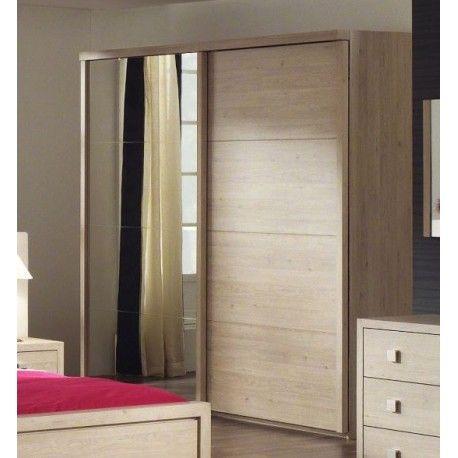 Cette superbe garde-robe à 2 portes coulissantes est faite à base de bois MDf de très haute qualité. Une des portes est habillée par un miroir l'a rendant d'...