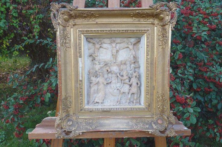 Bas-relief en albâtre Crusifiction  XVIIème Malines, Flandre à fort relief