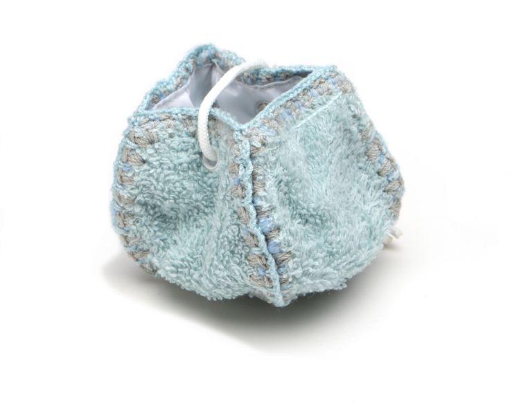 little dummy (storage) bag @Fabs World  #dummy #speen #storage #mint #fashion #bag #kids #baby #nursery #pregnancy #packaging  shop online: fasstore.com (ship worldwide)