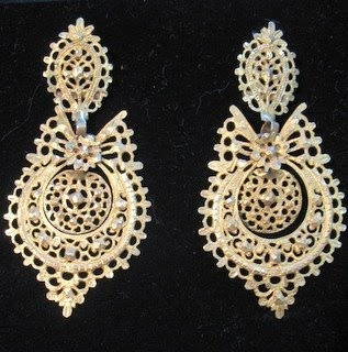 Tradicional portuguese jewelry...this ones I have :)
