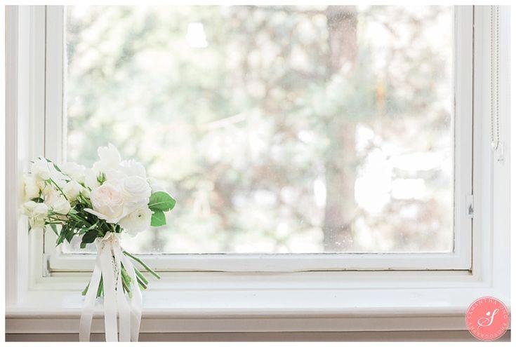 A Magical Spring Blossom Wedding at Pillar and Post | Niagara-on-the-Lake | Niagara Weddings | © 2016 Samantha Ong Photography